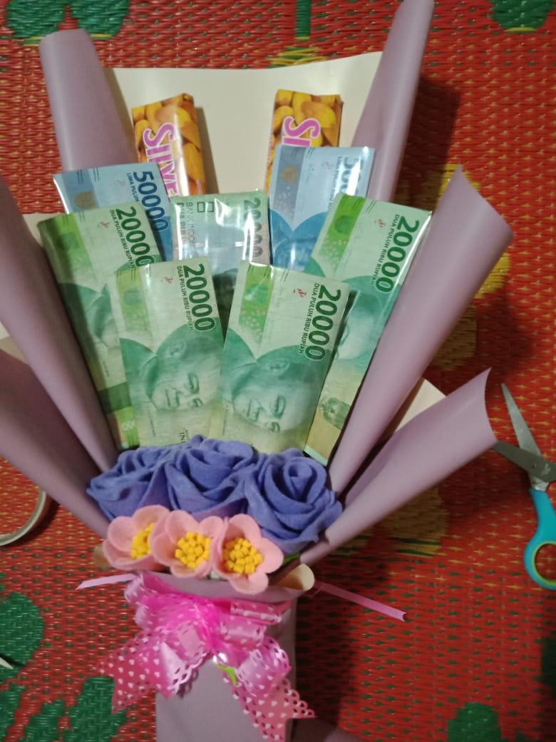 Buket Uang + Bunga